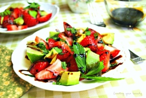 strawberryavocadowithglaze