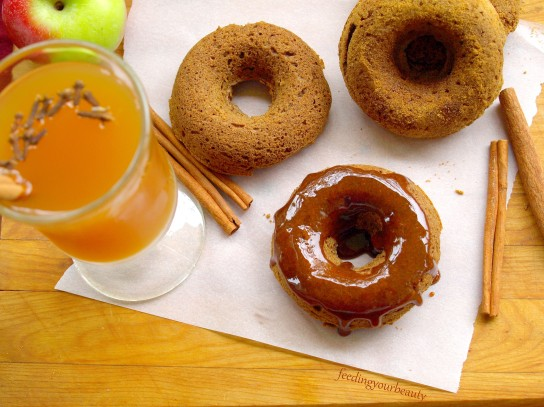 vegan and gluten free apple spice donuts