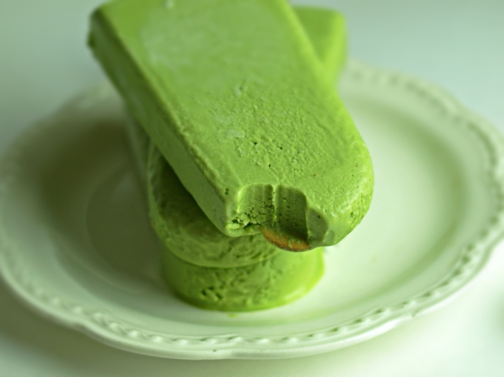 Creamy Vegan Matcha Popsicles - Sugar-Free and Dairy Free