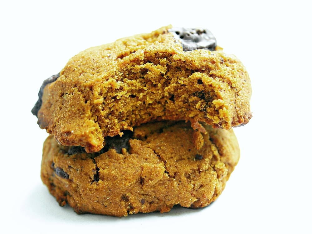 Pumpkin Chocolate Chunk Cookies - vegan and gluten free