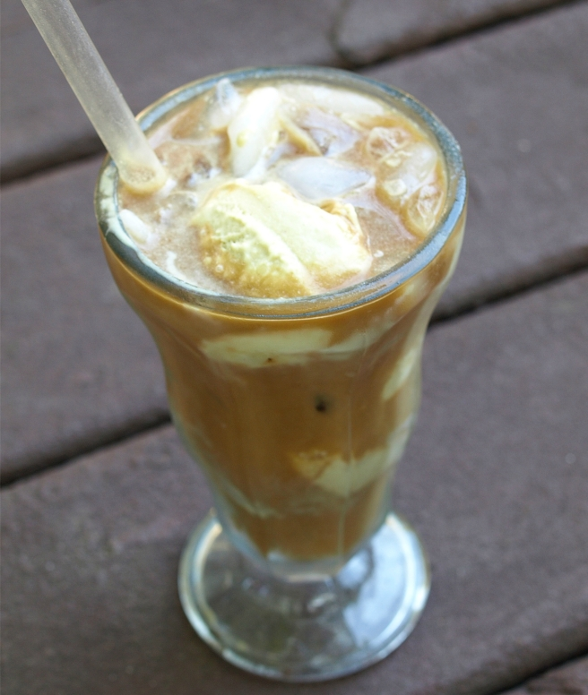 French Vanilla Iced Coffee