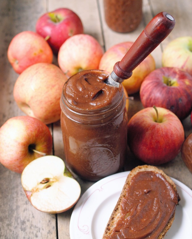 Slow Cooker Spiced Apple Butter - healthy, naturally sweetened, delicious on toast, muffins, pancakes, and oatmeal